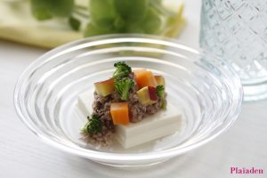 プレイアーデン犬用アレンジレシピ「ラム肉と根菜のっけ豆腐」
